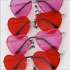 NWT! Valentine Red Pink Heart Lens Sunnies Glasses